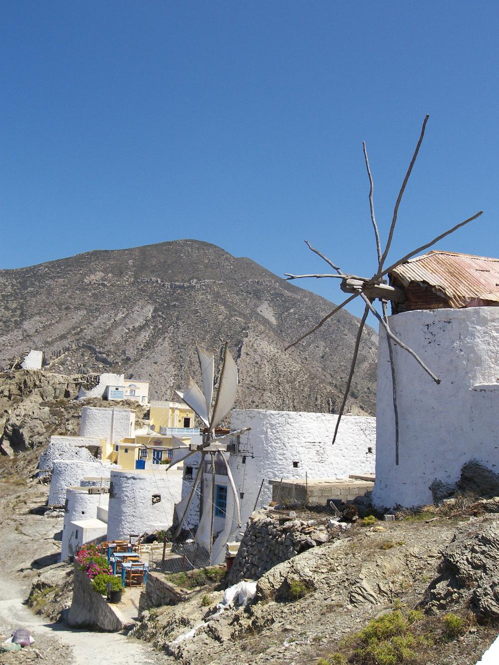 Παραδοσιακοί ανεμόμυλοι στην Κάρπαθο