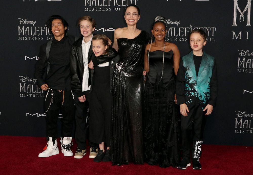 Η Αντζελίνα Τζολί με τα πέντε της παιδιά στην πρεμιέρα του «Μαλέφισεντ»