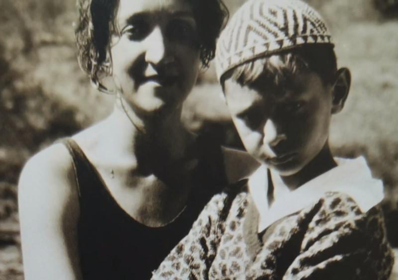 Η Αντονιέτα Ρίβας Μερκάδο με τον γιο της, Ντόναλντ Αντόνιο