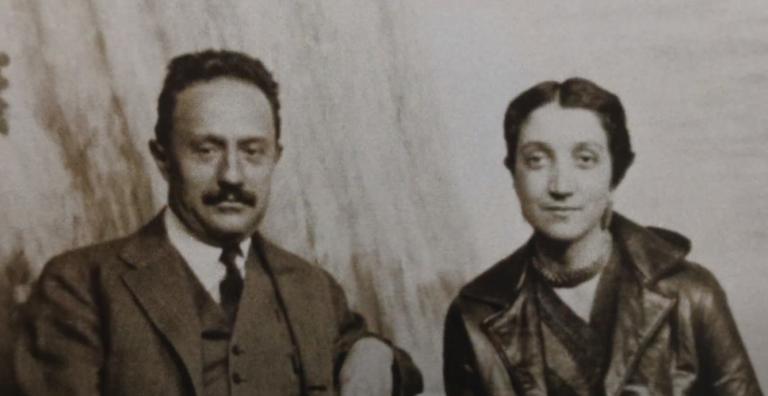 Η Αντονιέτα Ρίβας Μερκάδο με τον Χοσέ Βασκονσέλος