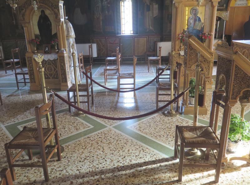 άρση μέτρων σε απόσταση οι θέσεις στις εκκλησίες