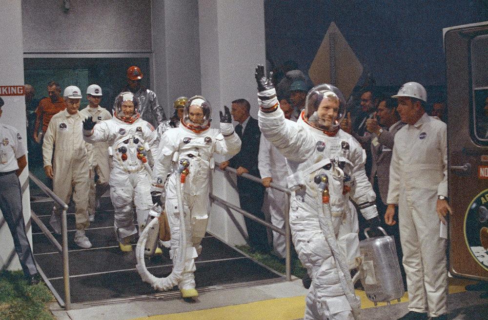 Τα μέλη του πληρώματος του Apollo 11 Νιλς Αρμστρονγκ, Μάικ Κόλινς και Εντουιν Αλντριν