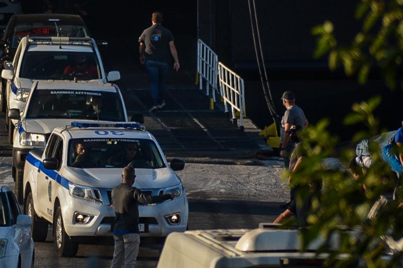 Αστυνομικά οχήματα στη Λέσβο