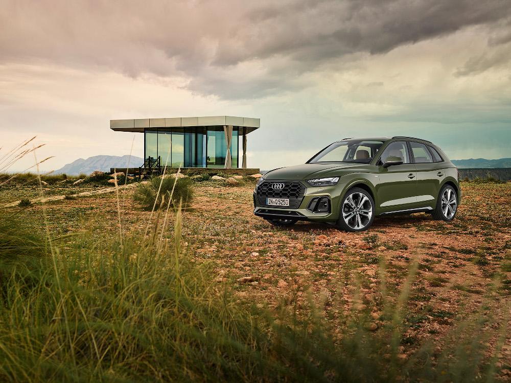 H Audi παρουσιάζει το ανανεωμένο Q5