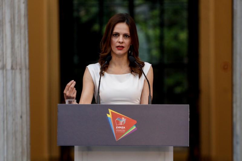 Η Εφη Αχτσιόγλου εξειδικεύει το πρόγραμμα του ΣΥΡΙΖΑ -