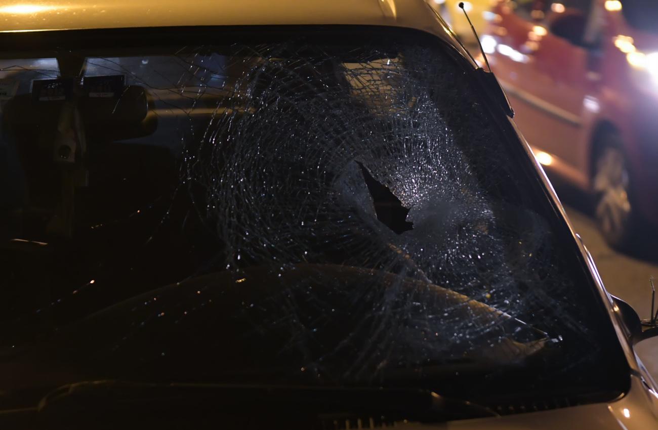 Σπασμένο παρ μπριζ σε αυτοκίνητο