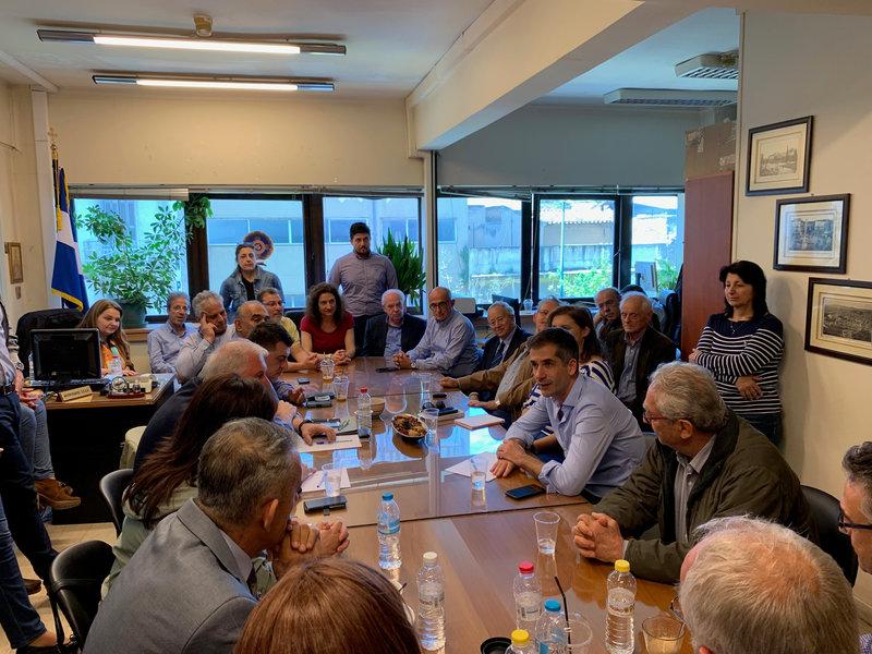 Από την συνάντηση του Κώστα Μπακογιάννη με εργαζόμενους του δήμου Αθηναίων
