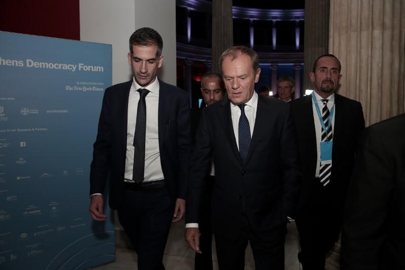 Ο κ. Μπακογιάννης έδωσε το βήμα στον Πρόεδρο του Ευρωπαϊκού Συμβουλίου Ντόναλντ Τουσκ που ήταν ο κεντρικός ομιλητής της πρώτης συζήτησης