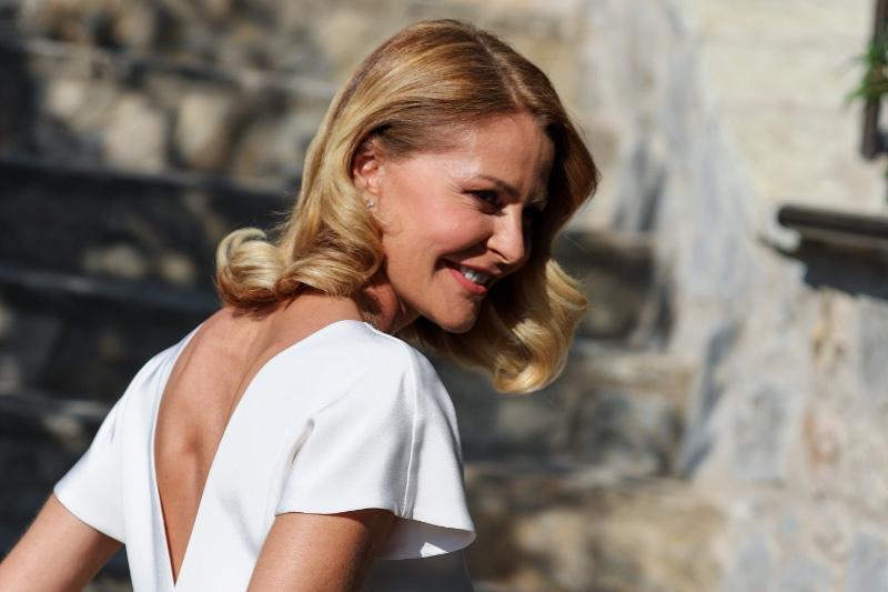 Η Τζένη Μπαλατσινού ντύθηκε νύφη / Φωτογραφία: EUROKINISSI
