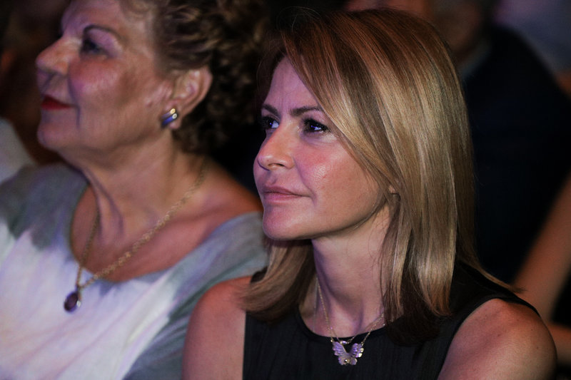 Η Τζένη Μπαλατσινού στην προεκλογική ομιλία του Βασίλη Κικίλια