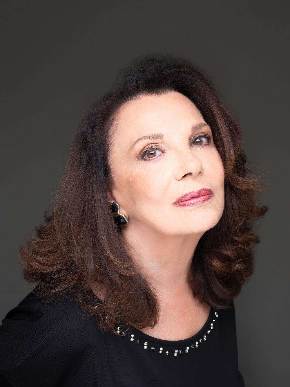 Η Μπέττυ Λιβανού στον ρόλο της Αντιγόνης Δούκα στη σειρά «Έρωτας Μετά»