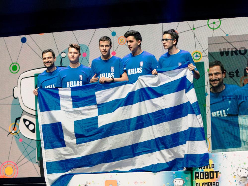 Η Ομάδα BitBot κατέκτησε τη δεύτερη θέση στο ρομποτικό ποδόσφαιρο