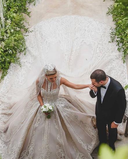 Η νύφη ενθουσιάστηκε με το τελικό αποτέλεσμα