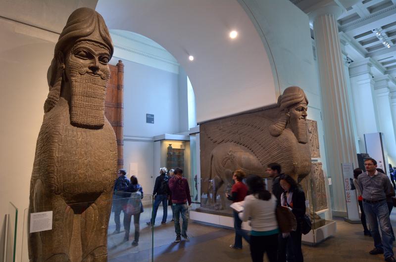 Μεσα στο βρετανικο μουσείο