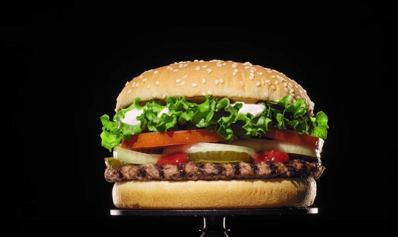 Το λαχταριστό μπέργκερ των Burger King