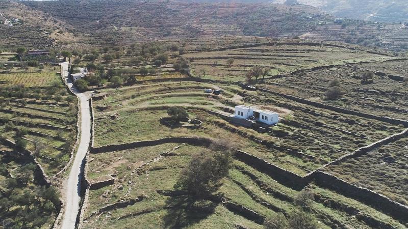 Το Campinh House από ψηλά μέσα στη φύση