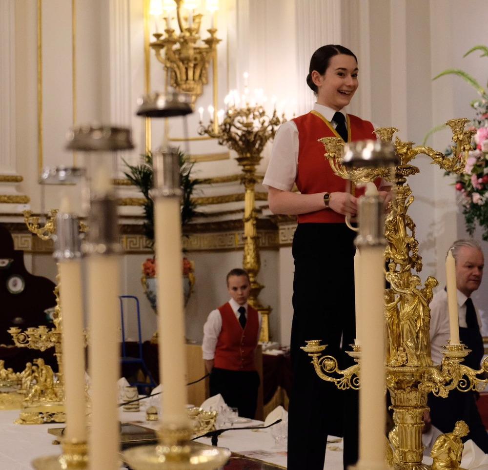 Ξεσκονίζοντας τα χρυσά κηροπήγια