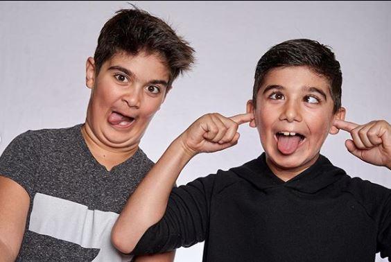 Τα δίδυμα αγόρια της Σελίν Ντιόν σε αστείες γκριμάτσες