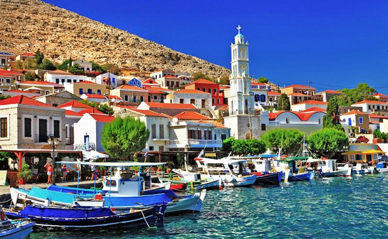 Χάλκη, νησί Ειρήνης και Φιλίας των Νέων όλου του Κόσμου, αναγνωρίστηκε το 1982 ομόφωνα από την UNESCO, με πρόταση της Τώνιας Μοροπούλου