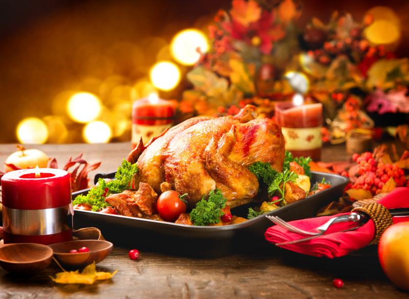 Γαλοπούλα ψητή χριστουγεννιάτικο τραπέζι