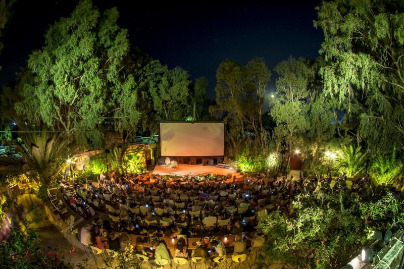 Θερινό σινεμά στη Σαντορίνη