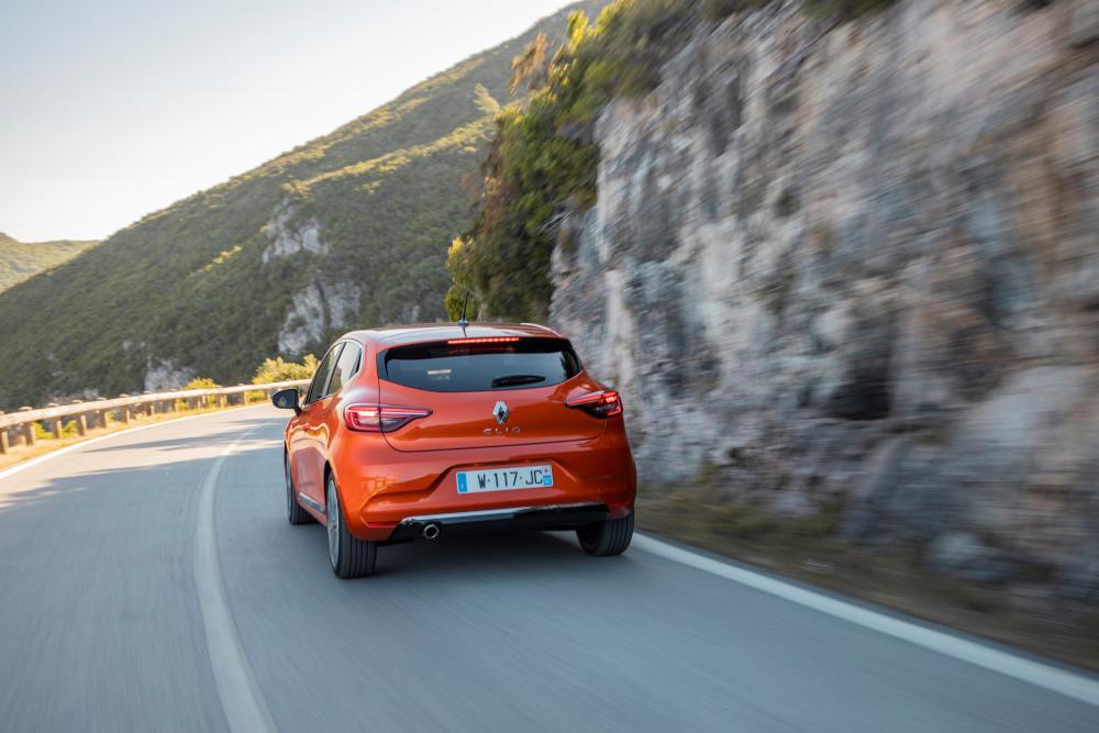 Το Renault Clio αποσπά την κορυφαία διάκριση στα Crash Tests