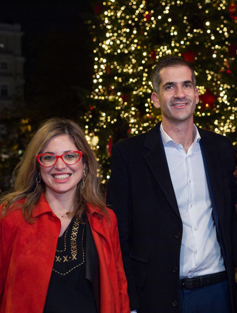 Ο Δήμαρχος Αθηναίων, κ. Κώστας Μπακογιάννης, και η Διευθύντρια Επικοινωνίας, Εταιρικών Υποθέσεων και Βιώσιμης Ανάπτυξης της Coca-Cola για Ελλάδα, Κύπρο & Μάλτα, κυρία Σίσσυ Ηλιοπούλου