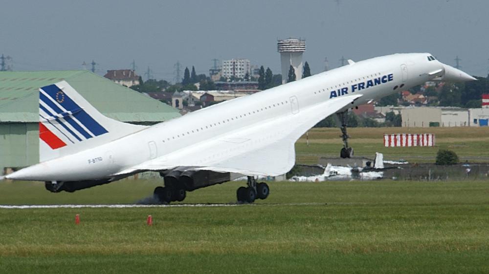 Tο υπερηχητικό Κονκόρντ της Air France κατά τη διάρκεια της απογείωσης