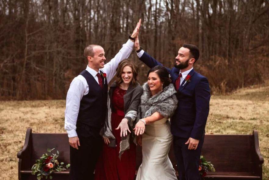 Η Χάνα και ο Μπράιαν παντρεύτηκαν τον περασμένο Δεκέμβριο και τώρα περιμένουν το πρώτο τους παιδί
