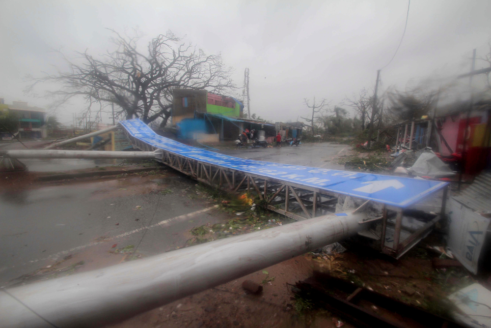 Καταστροφές από τον κυκλώνα Φάνι