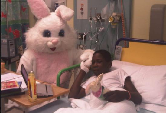 Ο μικρός Ντάνιελ κατά την διάρκεια της νοσηλείας του μετά το πρώτο εγκεφαλικό επεισόδιο