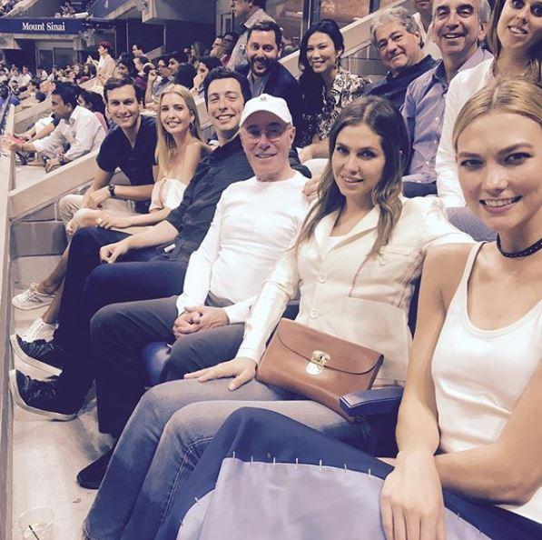 Η Ντάσα Ζούκοβα με την Ιβάνκα Tραμπ και τον σύζυγό της και το μοντέλο Κάρλι Κλος/Φωτογραφία: Instagram/davidgeffen