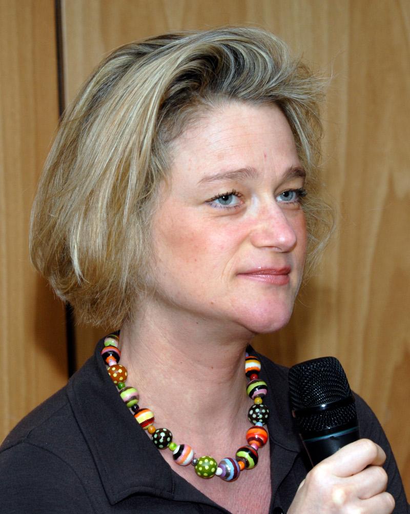 Η Ντελφίν Μποέλ