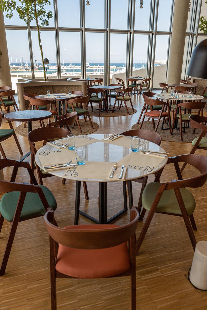 Εστιατόριο με θέα