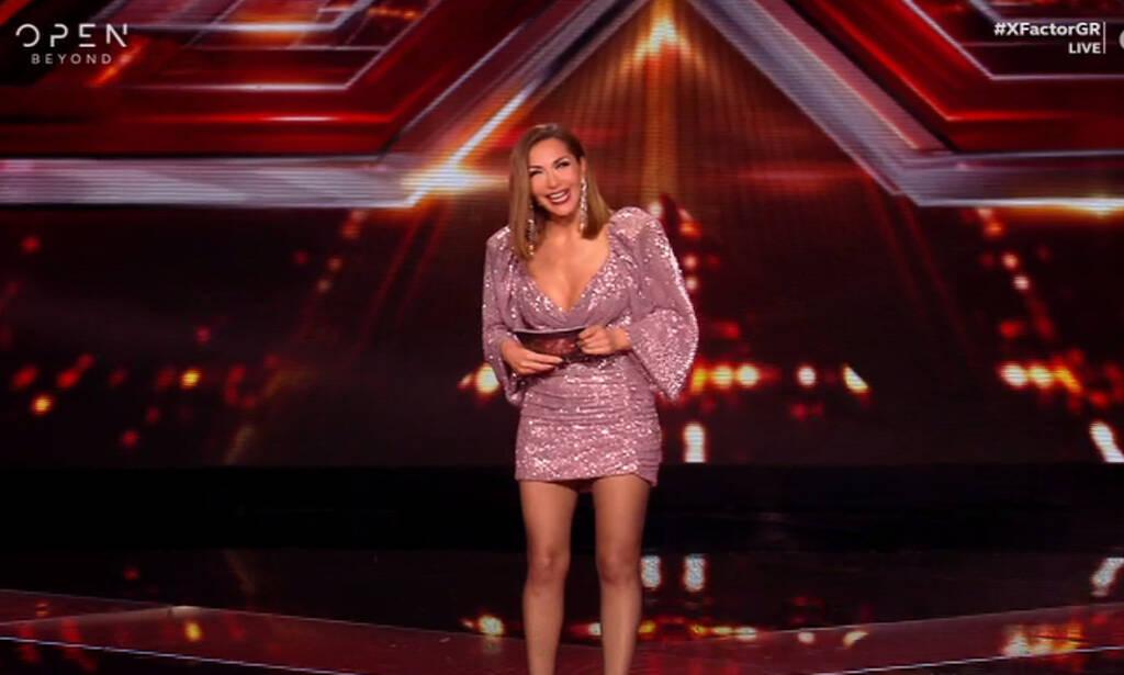 Η Δέσποινα Βανδή με νέο look και εντυπωσιακό φόρεμα στο X-Factor