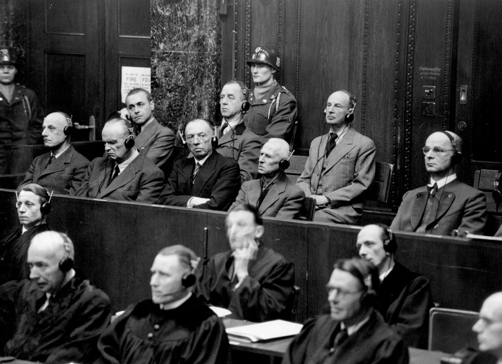 8 από τους κατηγορούμενους στη Δίκη της Νυρεμβέργης