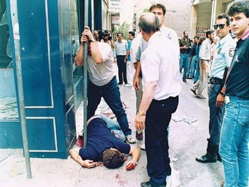 Η δολοφονία του Θάνου Αξαρλιάν το 1992 πάγωσε την χώρα