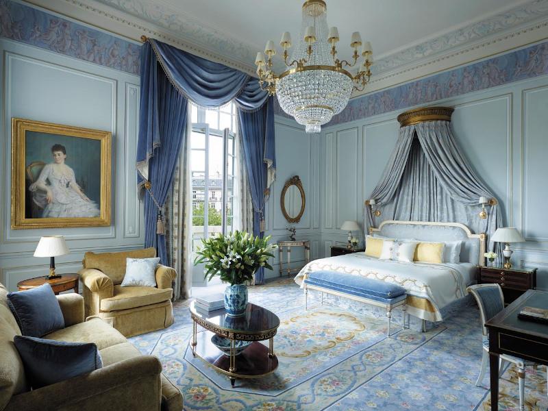 Μπλε δωμάτιο ξενοδοχείου στο Παρίσι