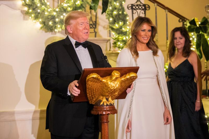 Ο Ντόναλντ Τραμπ συνεχάρη τη γυναίκα του για τη διακόσμηση του Λευκού Οίκου