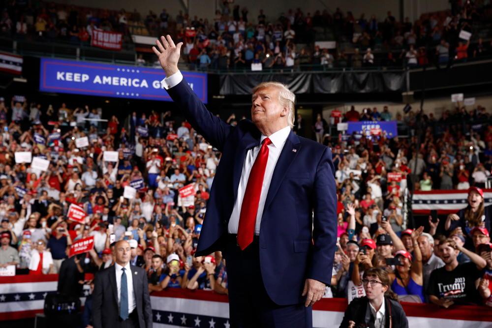 O Ντόναλντ Τραμπ στην πρώτη του προεκλογική συγκέντρωση με σκοπό την επανεκλογή του στις εκλογές του 2020