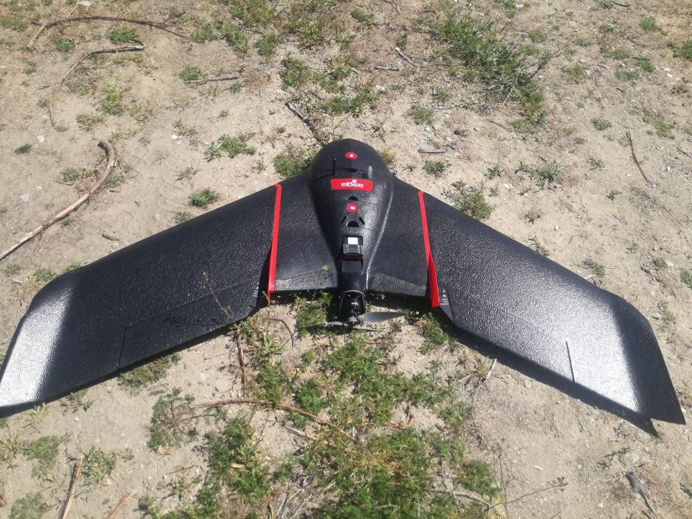 To Drone που μοιάζει με στελθ είναι ικανό να ελέγχει και την παραμικρή λεπτομέρεια της καλλιέργειας