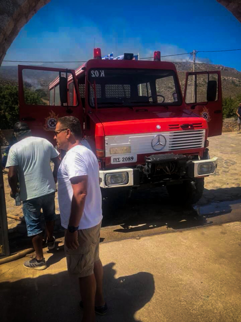 Ενισχύθηκαν οι πυροσβεστικές δυνάμεις στην Ελαφόνησο