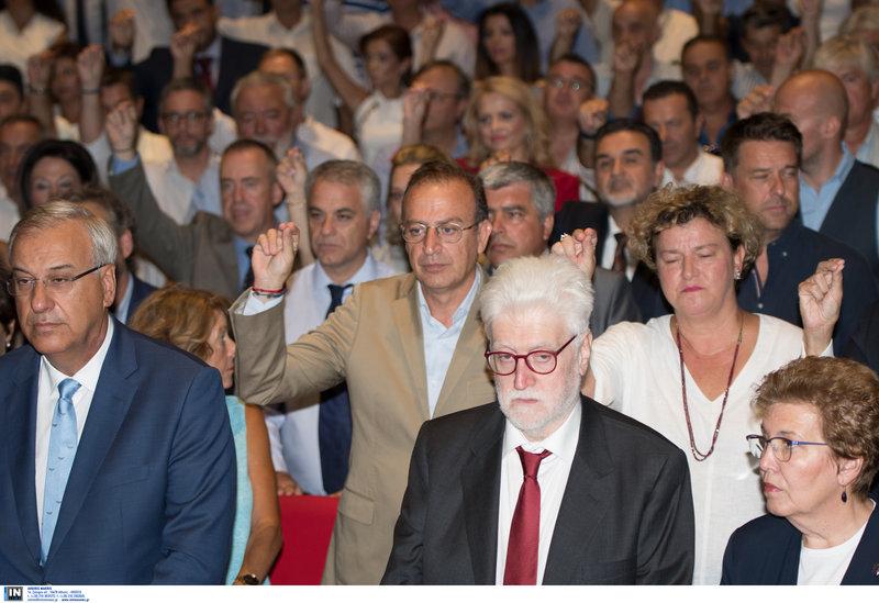Ο Μωυσής Ελισάφ στην τελετή ορκωμοσίας του ως δήμαρχος Ιωαννίνων-