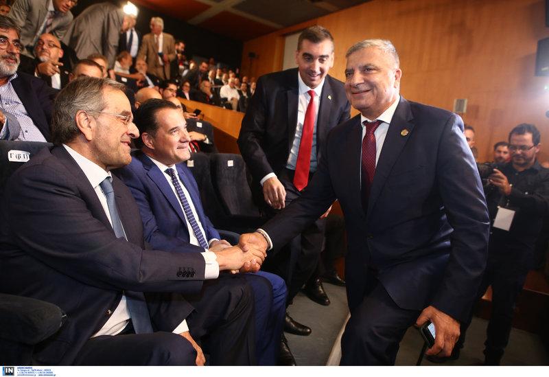 Ο Γ. Πατούλης χαιρετά τον Αντώνη Σαμαρά υπό το βλέμμα του Α. Γεωργιάδη
