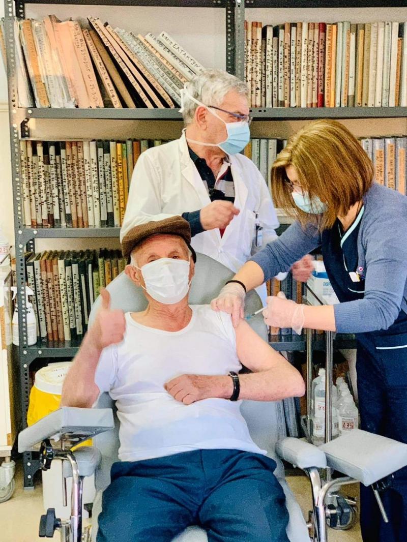 εμβολιασμοί  κέντρα υγείας ηλικιωμένοι