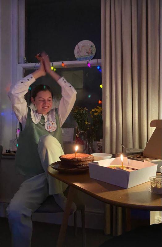 Η Έμμα Κόριν γιόρτασε τα γενέθλιά της μόνη της
