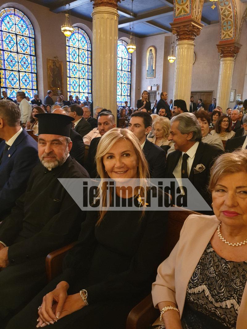 Η Μαρέβα Μητσοτάκη στην ενθρόνιση του Ελπιδοφόρου
