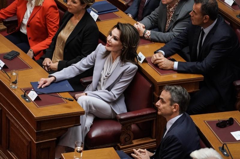 Επιτροπή 2021 Γιάννα Αγγελοπούλου Βουλή  Κυριάκος Μητσοτάκης
