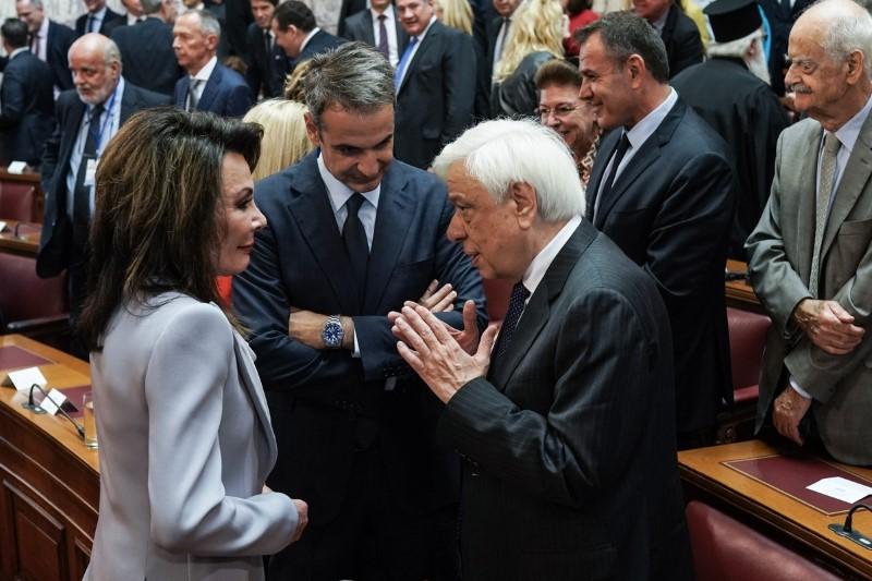 Επιτροπή 2021 Γιάννα Αγγελοπούλου Βουλή  Παυλόπουλος Μητσοτάκης