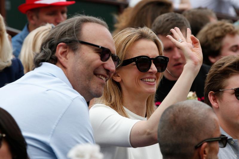 Ο επιχειρηματίας Ξαβιέ Νιελ και η σύντροφός του Ντελφίν Αρνο
